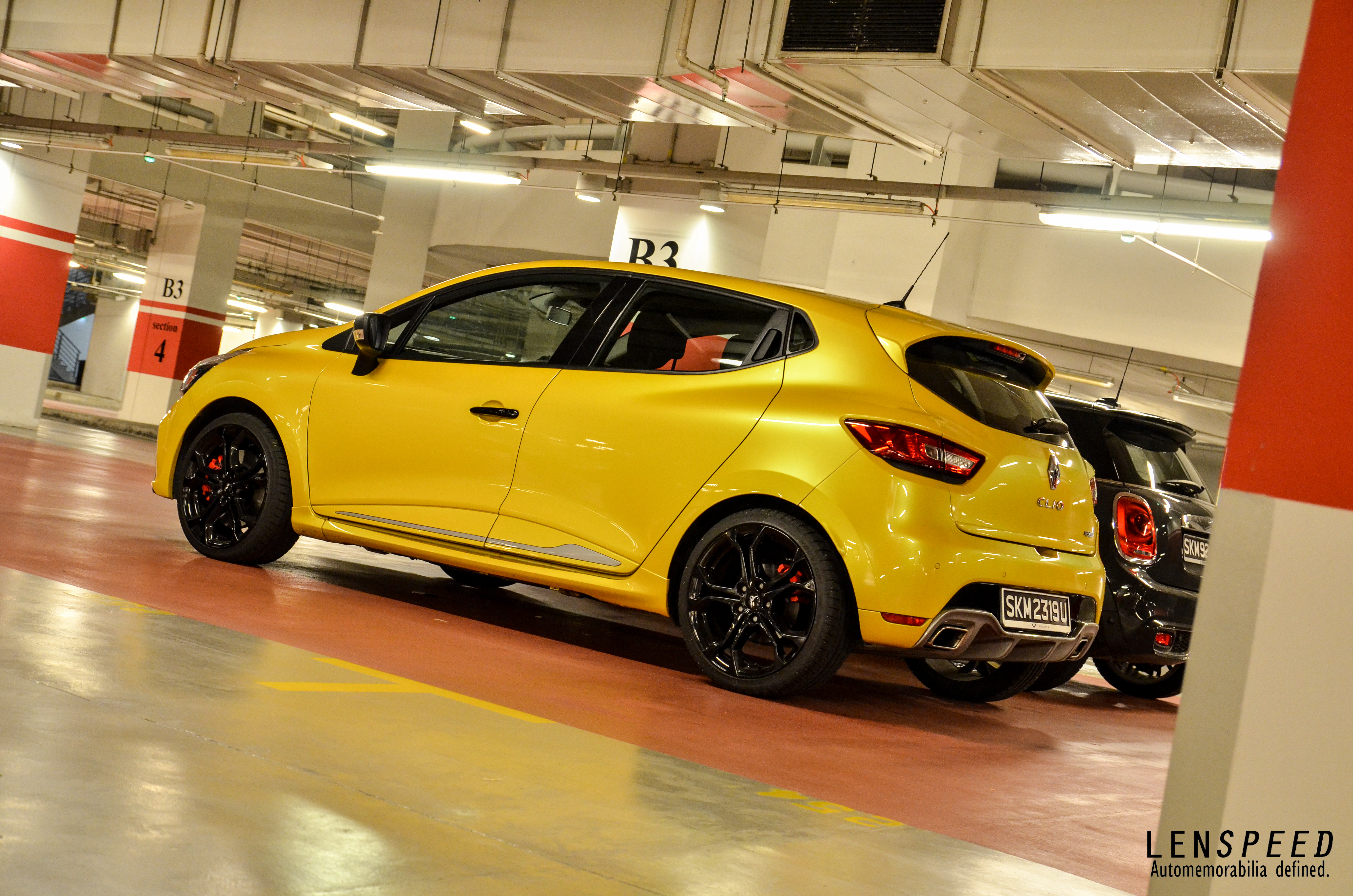 Reality Check Renault Clio R S Lenspeed
