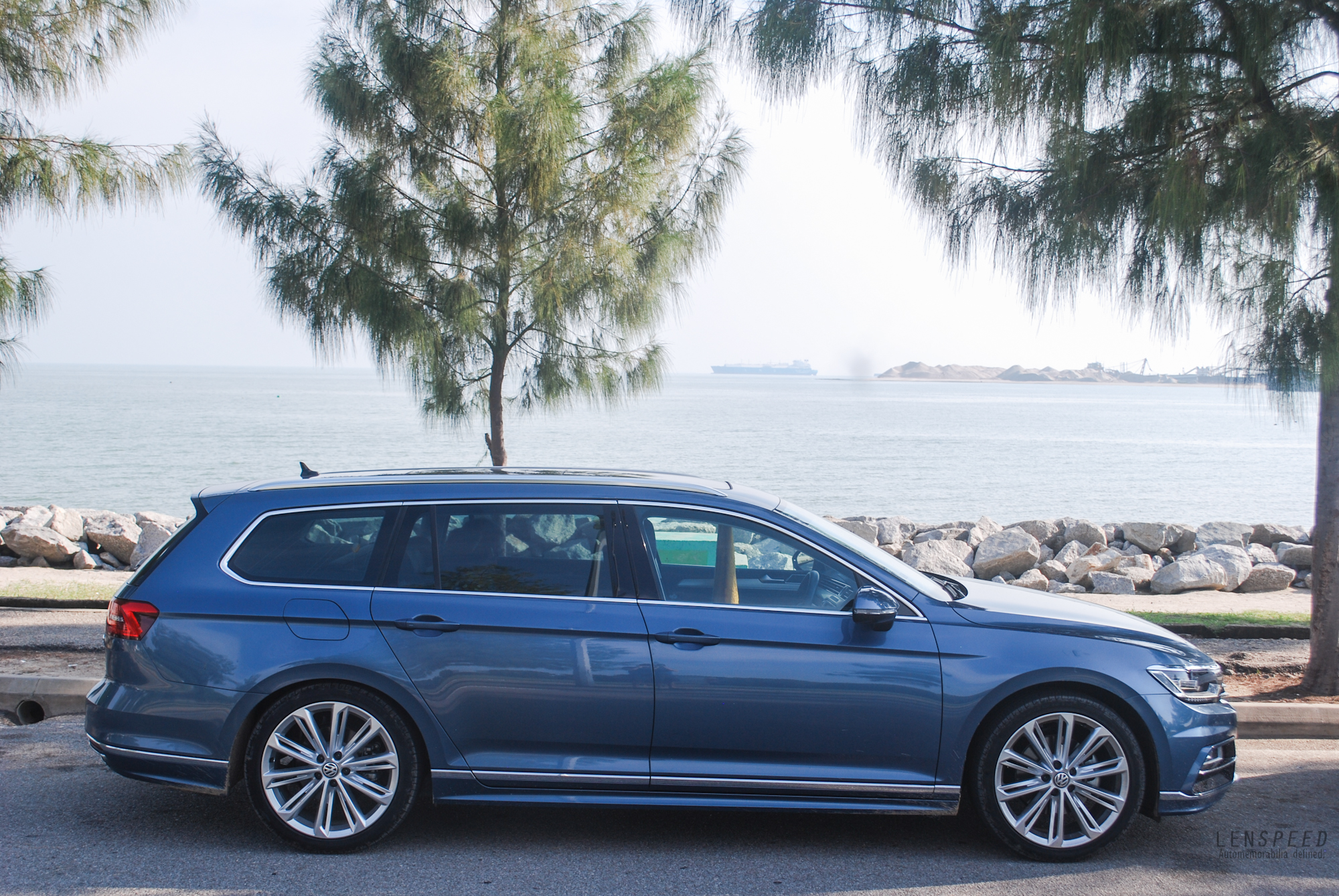 volkswagen passat variant 2 0 tsi review a cruise liner with agility lenspeed. Black Bedroom Furniture Sets. Home Design Ideas